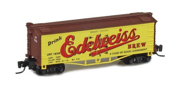 Father Nature FN-5008 Edelweiss 33' Wood Side Reefer URT #18300 MTL Arch Bar Trucks Couplers
