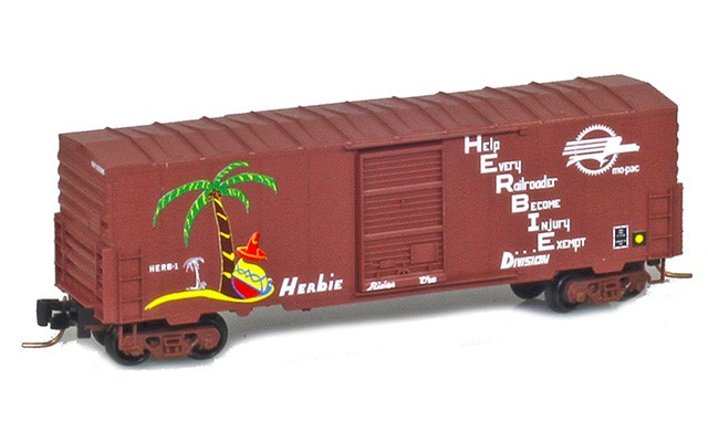 Micro-Trains 50300250 Missouri Pacific 40' Standard Boxcar HERB-1
