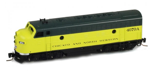 Micro-Trains Line 98001381 CNW EMD F7A Powered #4070A