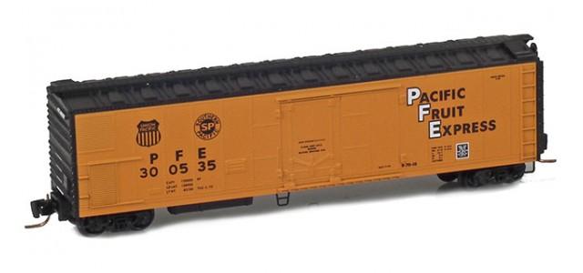 Micro-Trains 54800101 PFE 51' Rivet Side Mechanical Reefer #300535