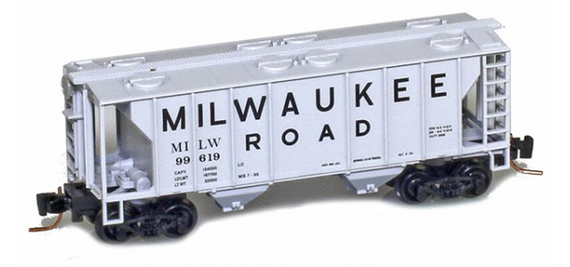 Micro-Trains 53100361 Milwaukee Road PS-2 Covered Hopper #99619
