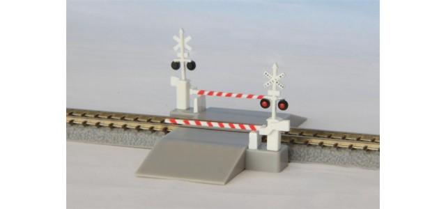 Rokuhan S045-2 Railroad Crossing   US Version