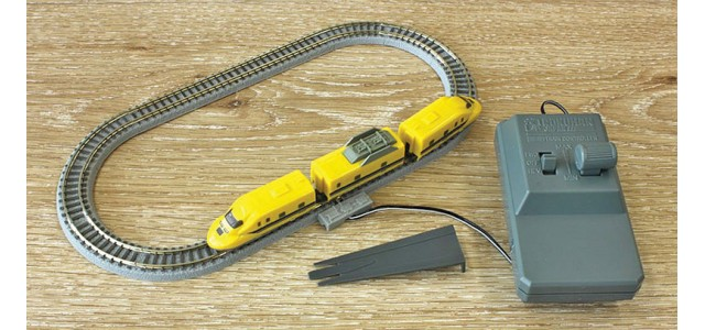 Rokuhan SG002-1 Class 923 Doctor Yellow Z Shorty | Starter Set